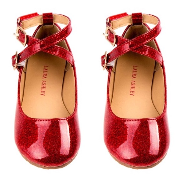 5ff99e1cb62 🎁SALE🎁 Laura Ashley Ballerina Shoe Patent FIRM
